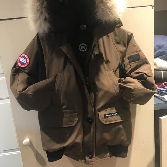Women's size large Canada Goose Chilliwack jacket